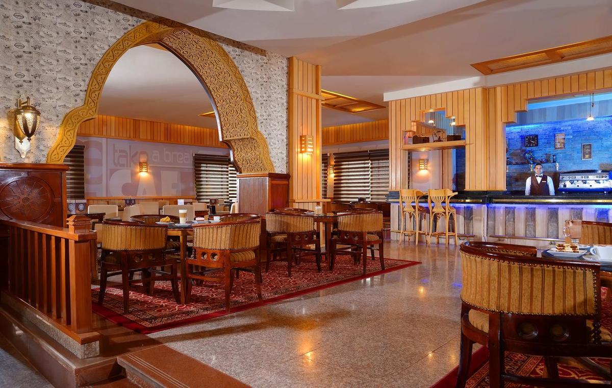 Letovanje_Egipat_Hoteli_Avio_Hurgada_Hotel_Albatros_Palace_Resort-11.jpg