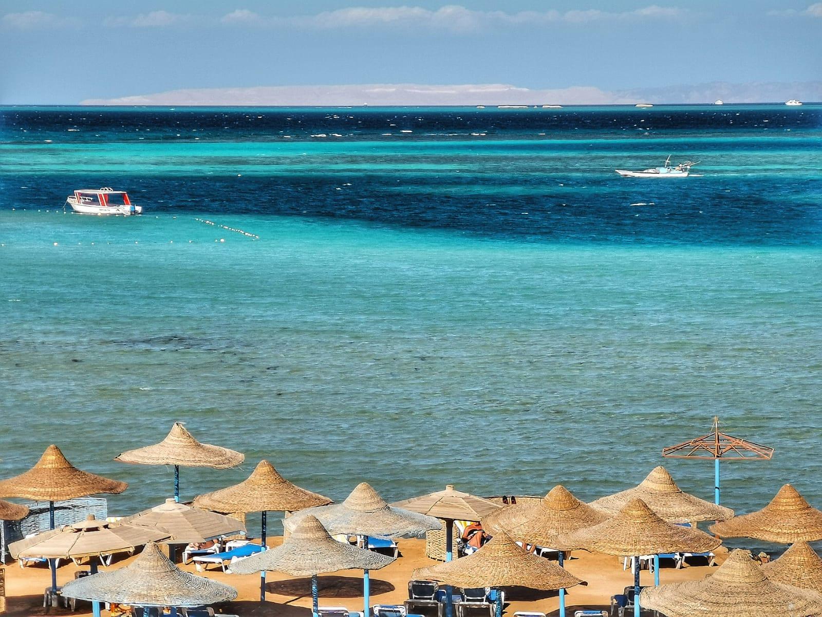 Letovanje_Egipat_Hoteli_Avio_Hurgada_Hotel_Magic_Beach-1.jpeg