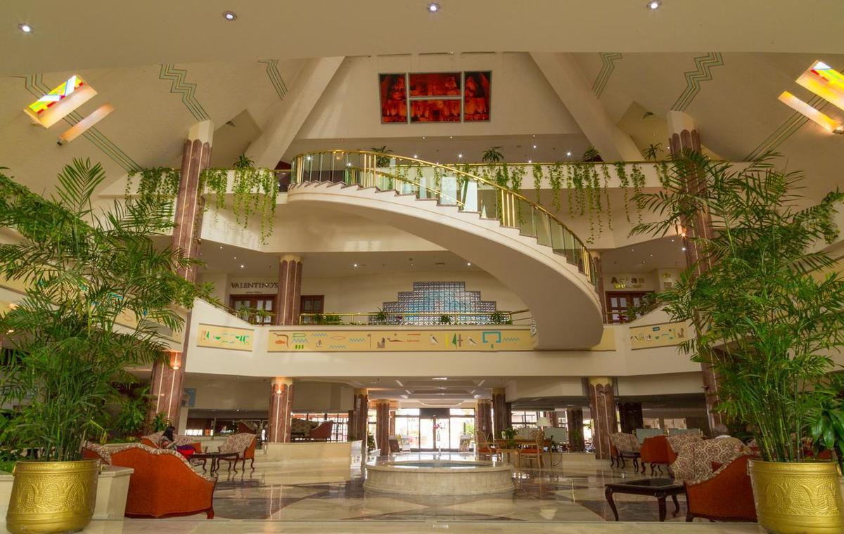 Letovanje_Egipat_Hoteli_Avio_Hurgada_Hotel_Pharaoh_Azur_Resort-11.jpg