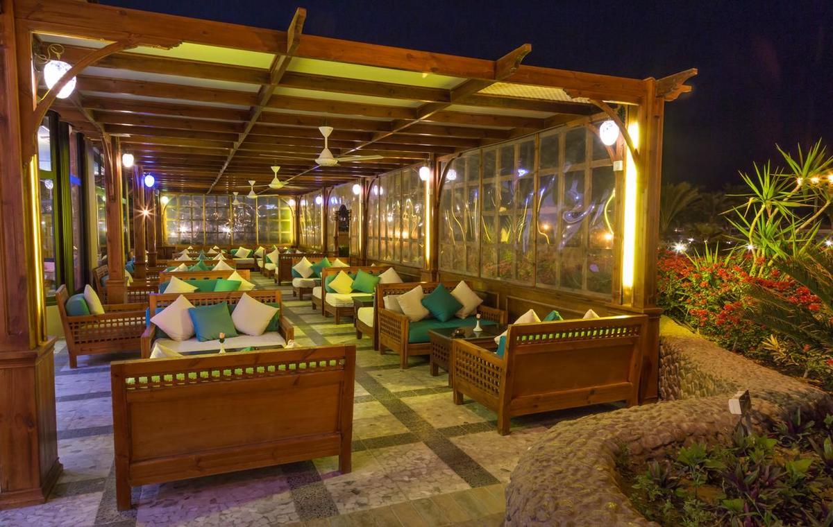 Letovanje_Egipat_Hoteli_Avio_Hurgada_Hotel_Pharaoh_Azur_Resort-3.jpg