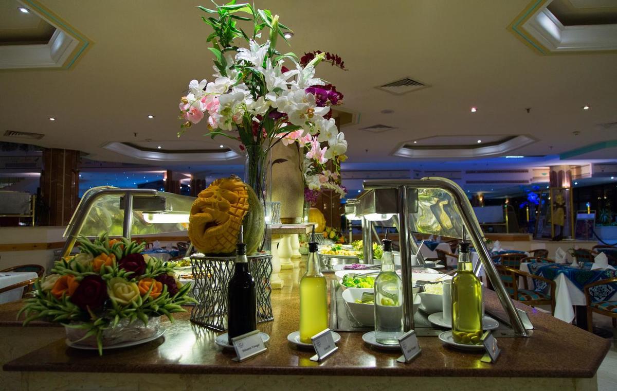 Letovanje_Egipat_Hoteli_Avio_Hurgada_Hotel_Pharaoh_Azur_Resort-5.jpg