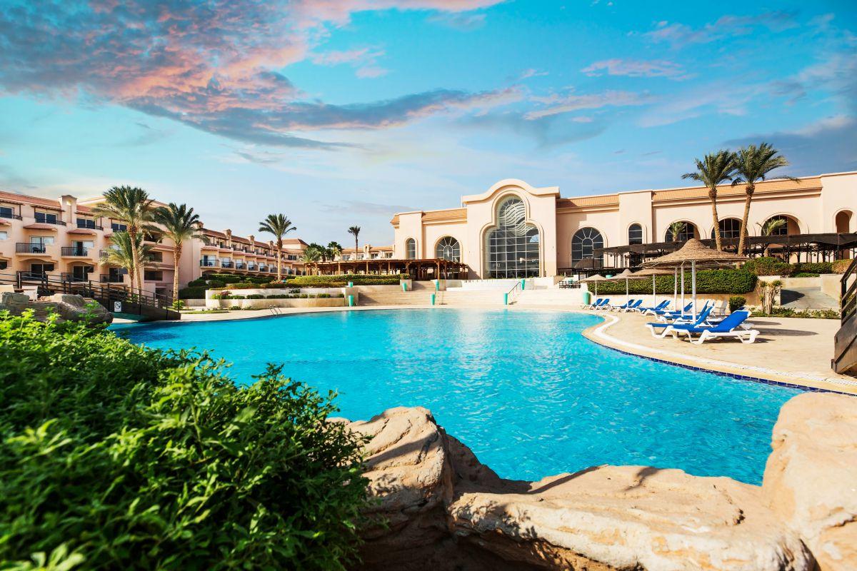 Letovanje_Egipat_Hoteli_Avio_Hurgada_Hotel_Pyramisa_Sahl_Hasheesh-3.jpg