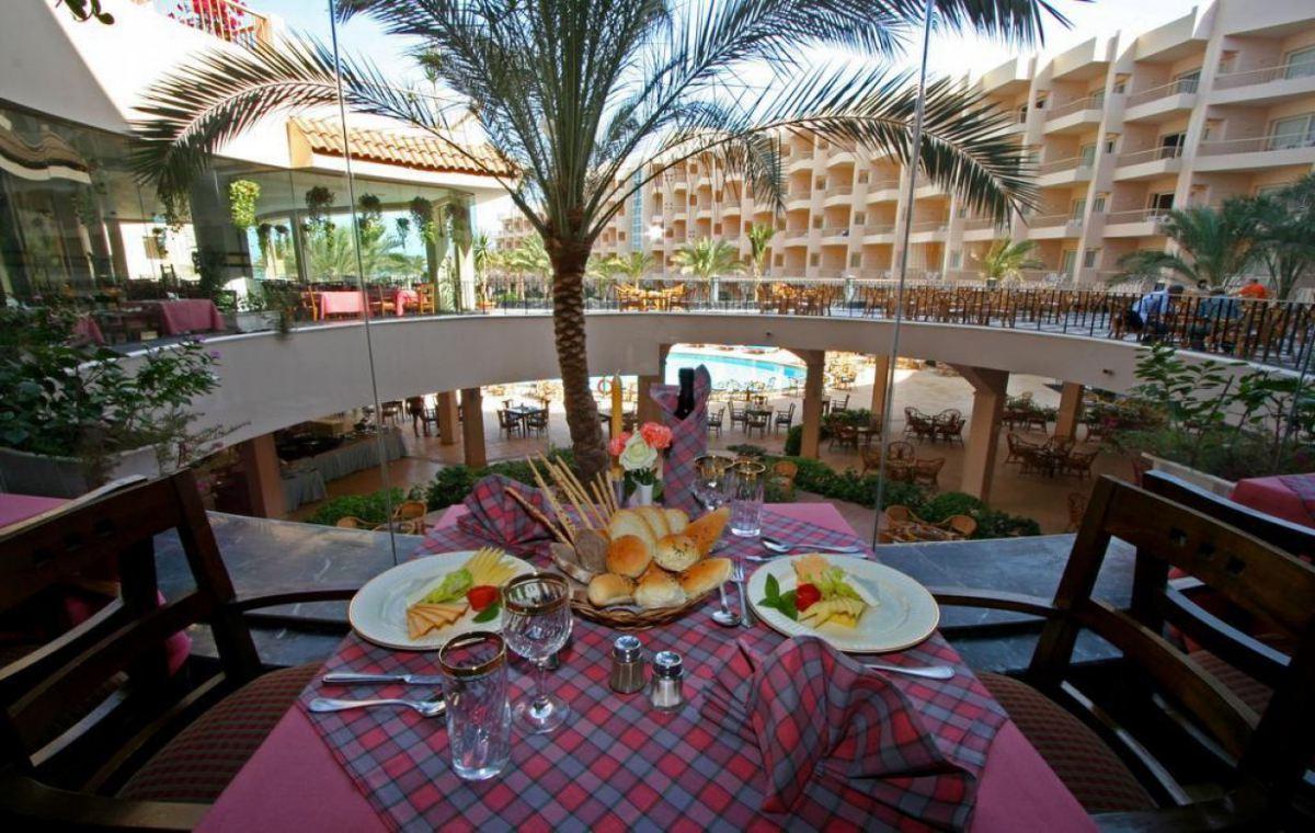 Letovanje_Egipat_Hoteli_Avio_Hurgada_Hotel_Sea_Star_Beau_Rivage-1-1.jpg