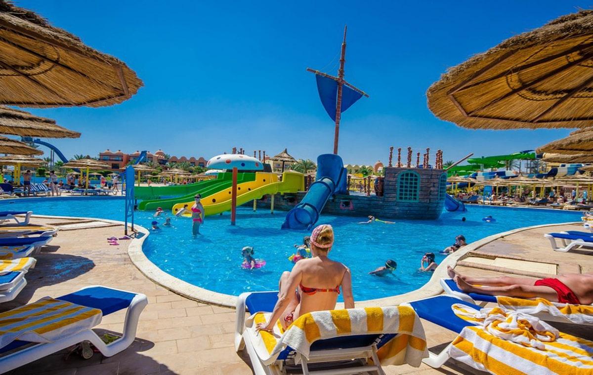 Letovanje_Egipat_Hoteli_Avio_Hurgada_Hotel_Titanic_Beach_Spa__Aquapark-19.jpg