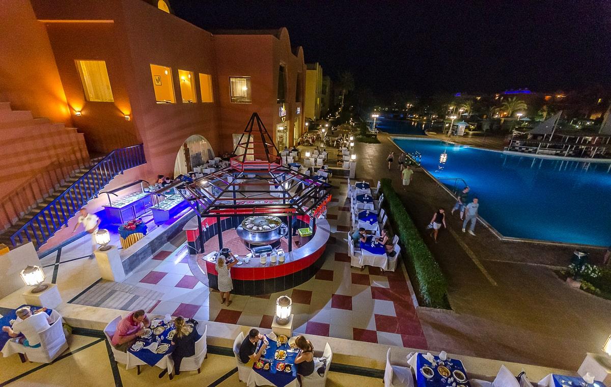 Letovanje_Egipat_Hoteli_Avio_Hurgada_Hotel_Titanic_Beach_Spa__Aquapark-9.jpg