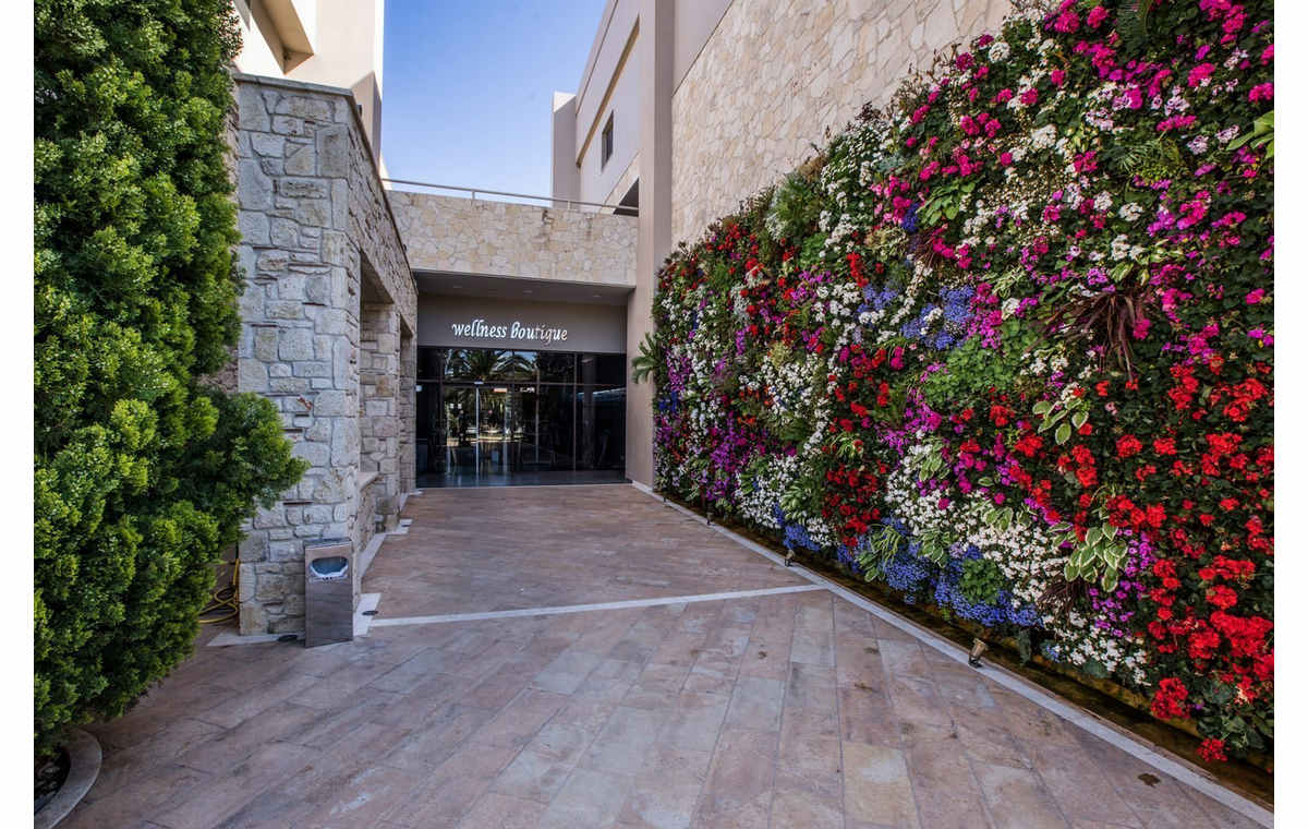 Letovanje_Grcka_Hoteli_Halkidiki_Kasandra-_Pomegranate_Wellness__Spa_Barcino_Tours-10.jpg