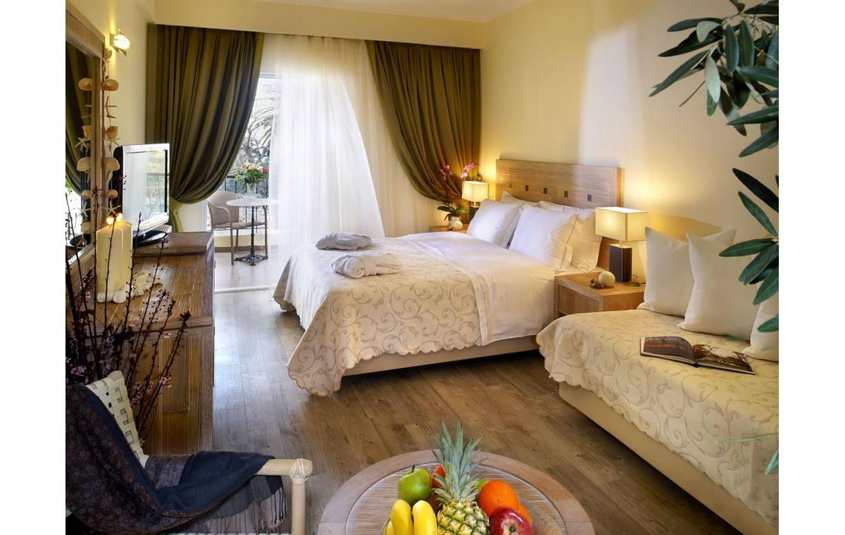 Letovanje_Grcka_Hoteli_Halkidiki_Kasandra-_Portes_Beach_Barcino_Tours-12.jpg