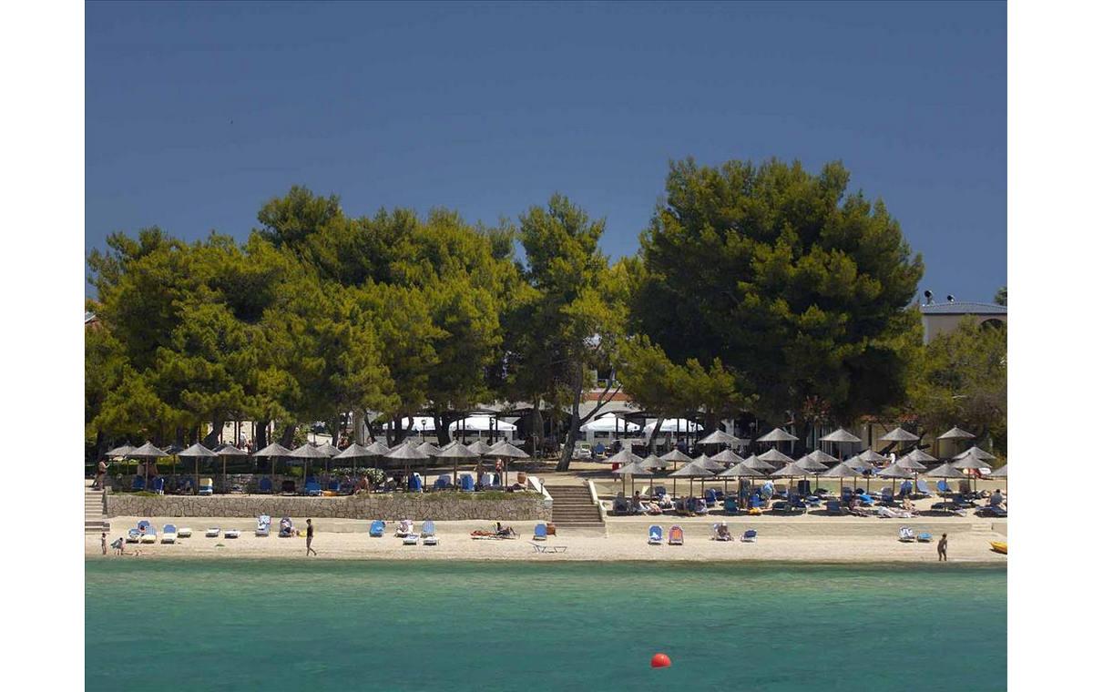 Letovanje_Grcka_Hoteli_Halkidiki_Kasandra-_Portes_Beach_Barcino_Tours-16.jpg