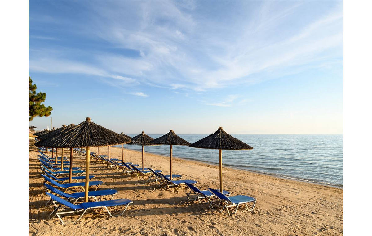 Letovanje_Grcka_Hoteli_Halkidiki_Kasandra-_Portes_Beach_Barcino_Tours-4.jpg