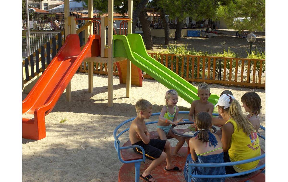Letovanje_Grcka_Hoteli_Halkidiki_Kasandra-_Portes_Beach_Barcino_Tours-6.jpg