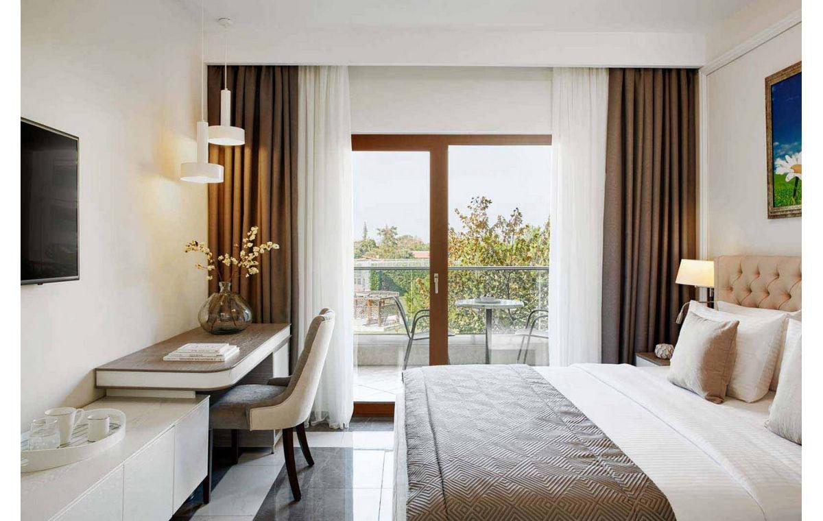 Letovanje_Grcka_Hoteli_Halkidiki_Kasandra-_Potidea_Palace_Barcino_Tours-8.jpg