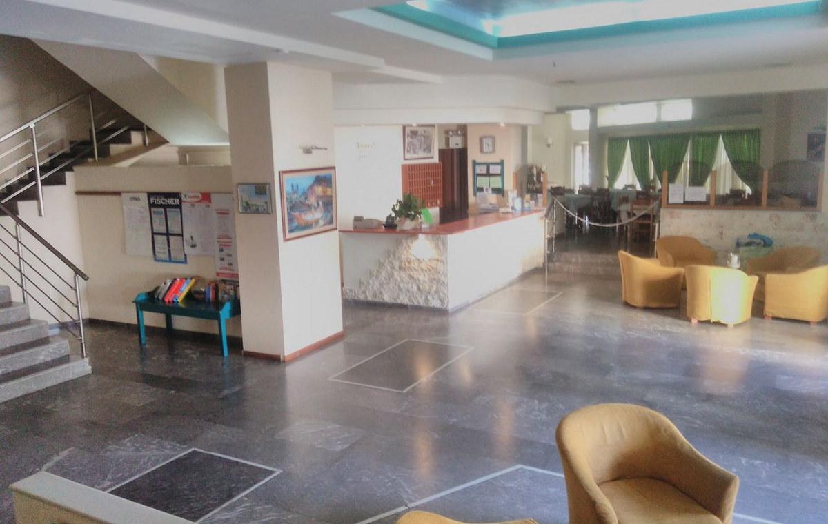 Letovanje_Grcka_Hoteli_Krit_Heraklion-_Hotel_Ilios-9.jpg