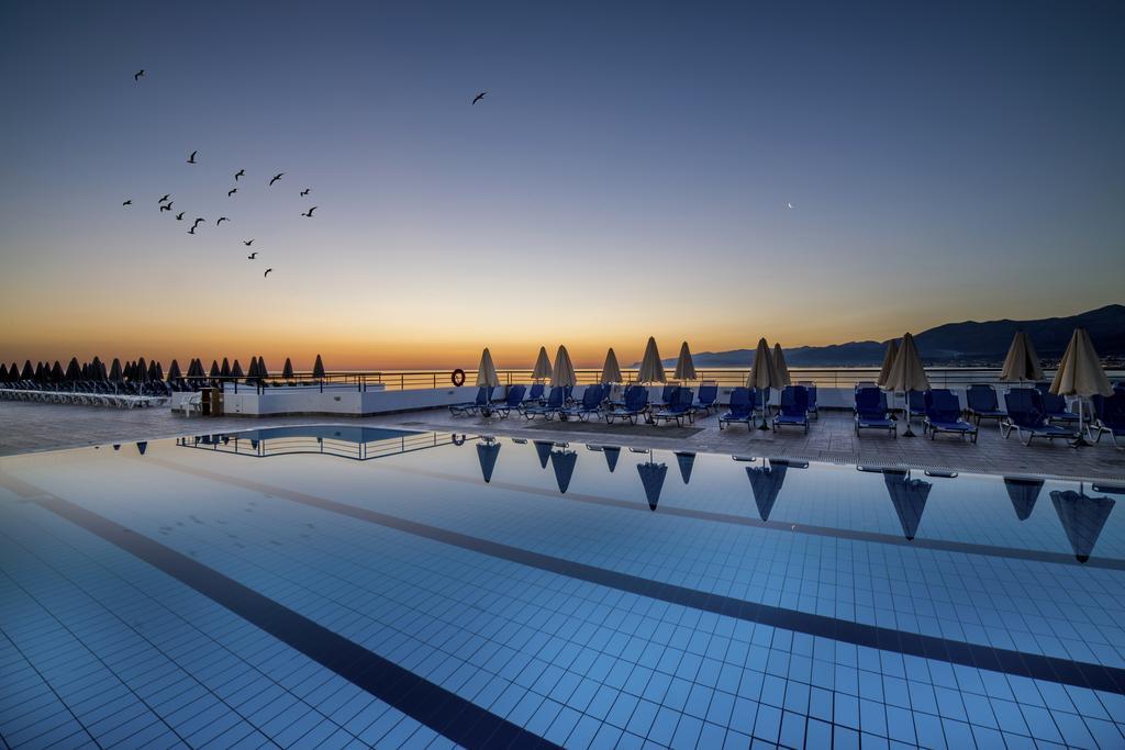 Letovanje_Grcka_Hoteli_Krit_Heraklion_Hotel_Horizon_Beach-38.jpg