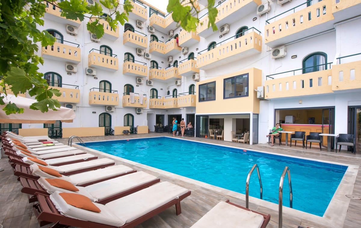 Letovanje_Grcka_Hoteli_Krit_Heraklion_Hotel_Pela_Maria-28.jpg