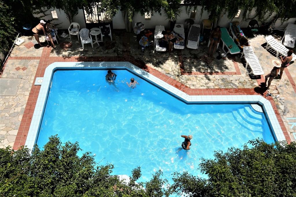 Letovanje_Grcka_Hoteli_Krit_Heraklion_Hotel_Thalia_Deco-1-3.jpg