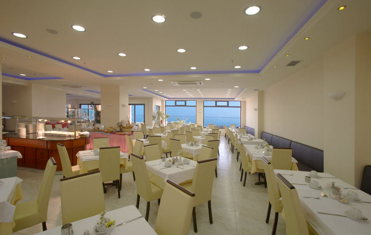 Letovanje_Grcka_Hoteli_Krit_Retimno_Hotel_Atlantis_Beach-41.jpg