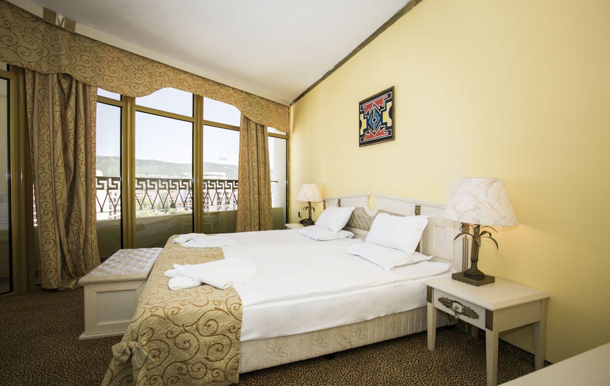 Letovanje_Hoteli_Bugarska_Suncev_Breg_Imperial_Palace_Barcino_Tours-2.jpg