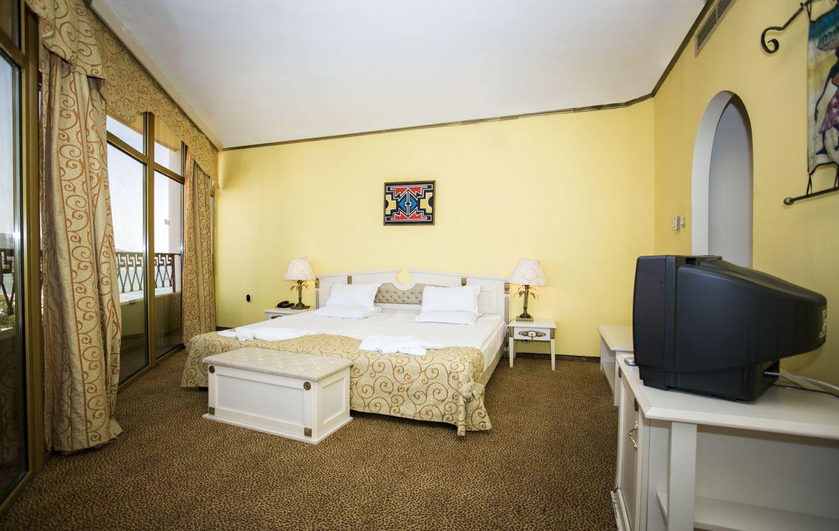 Letovanje_Hoteli_Bugarska_Suncev_Breg_Imperial_Palace_Barcino_Tours-5.jpg