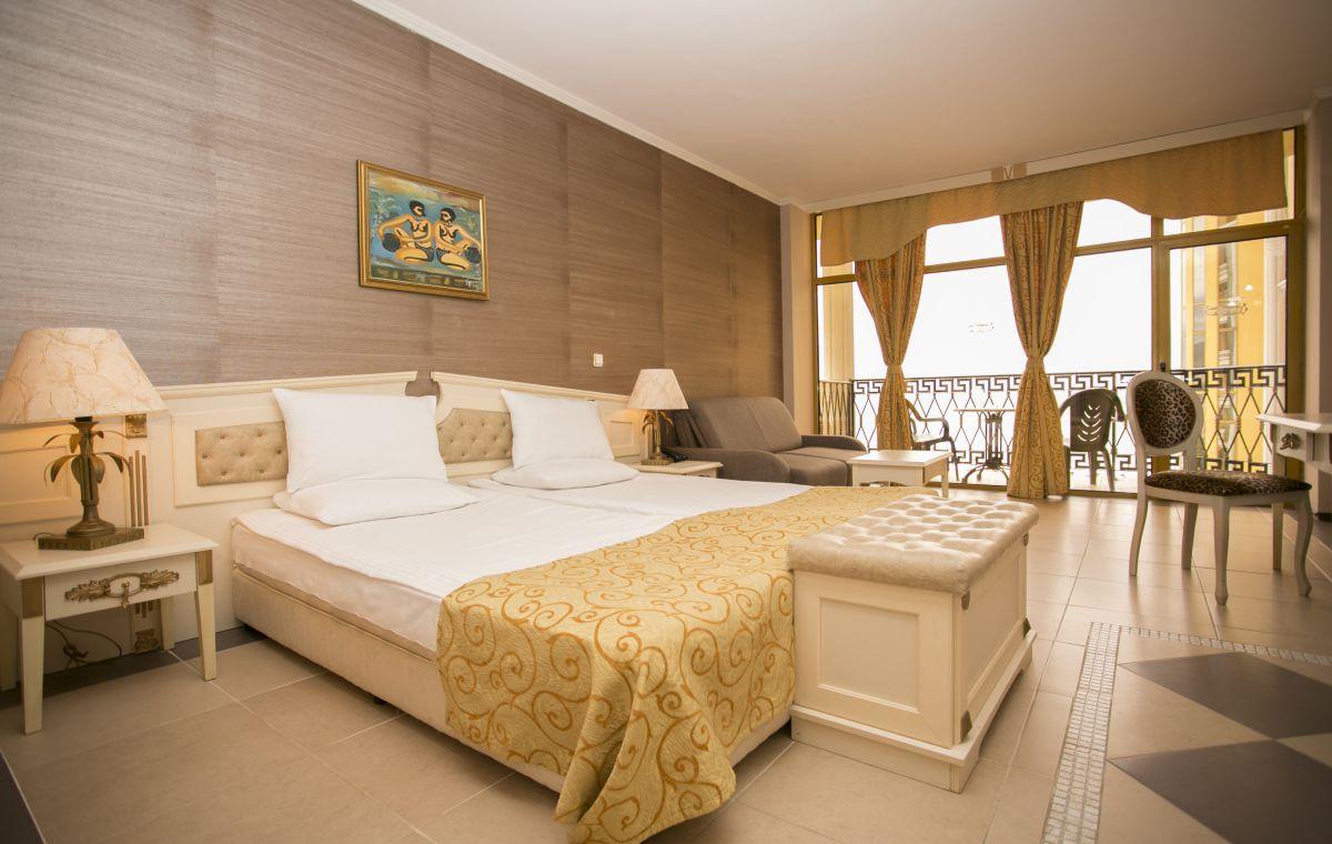 Letovanje_Hoteli_Bugarska_Suncev_Breg_Imperial_Palace_Barcino_Tours-7.jpg