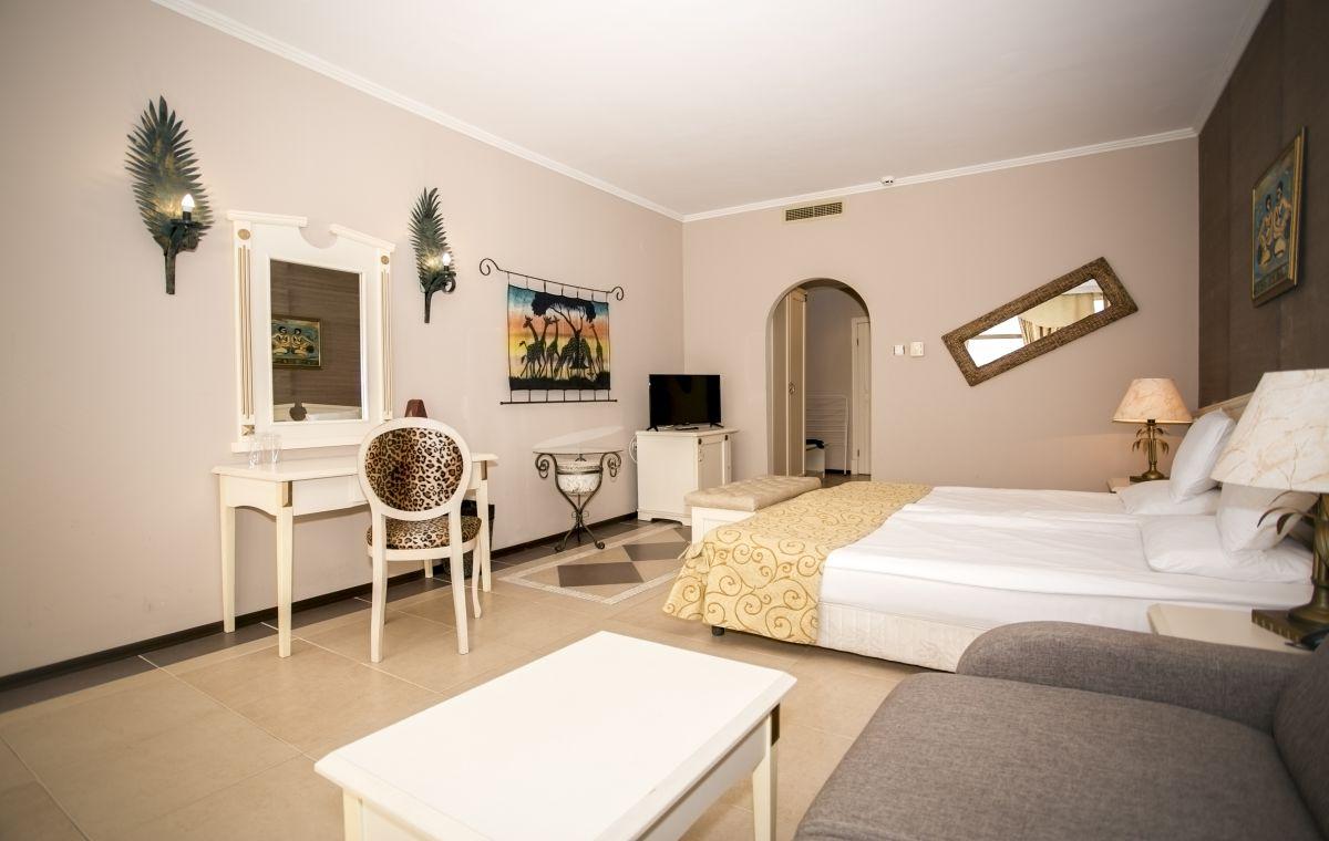 Letovanje_Hoteli_Bugarska_Suncev_Breg_Imperial_Palace_Barcino_Tours-9.jpg