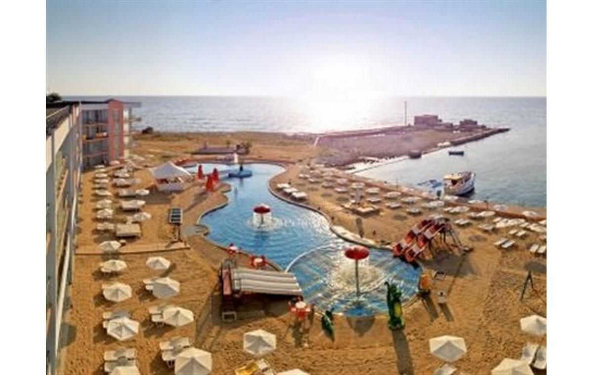 Letovanje_Hoteli_Bugarska_Sv_Konstantin-_-i_Helena_Dolphin_Marina_Barcino_Tours-12.jpg