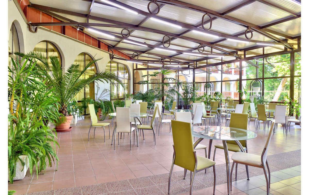 Letovanje_Hoteli_Bugarska_Sv_Konstantin-_-i_Helena_Estreya_Palace_Barcino_Tours-11.jpg