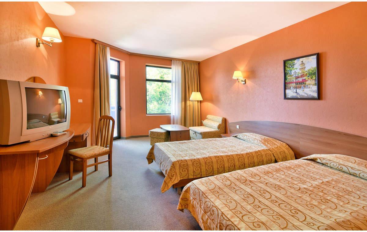 Letovanje_Hoteli_Bugarska_Sv_Konstantin-_-i_Helena_Estreya_Palace_Barcino_Tours-9.jpg