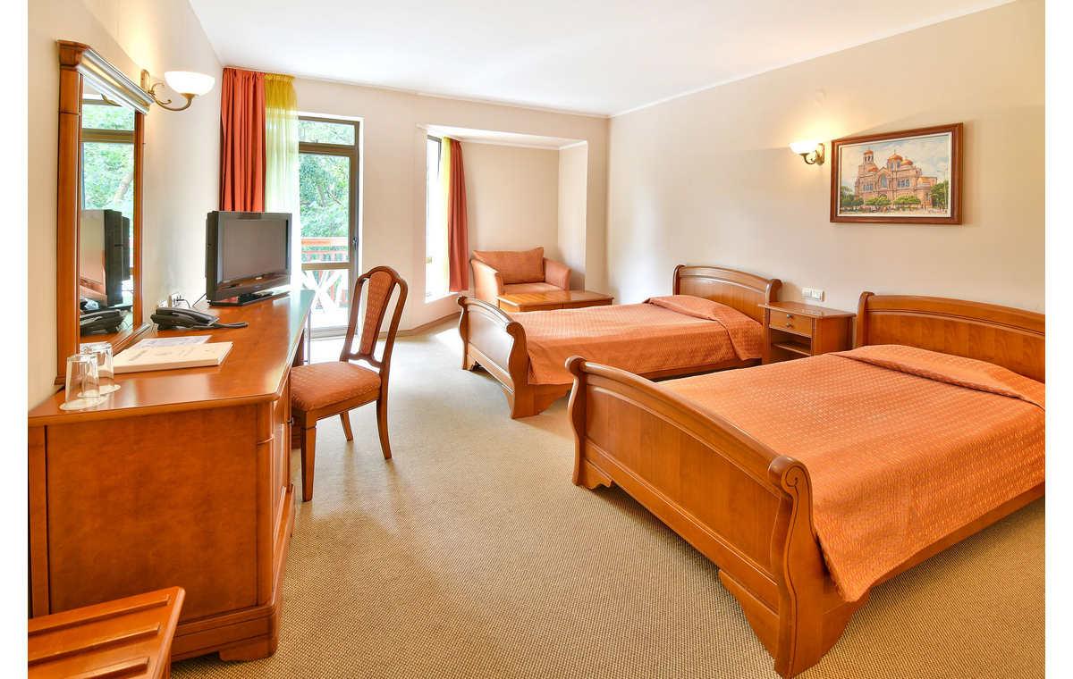 Letovanje_Hoteli_Bugarska_Sv_Konstantin-_-i_Helena_Estreya_Residence_Barcino_Tours-13.jpg