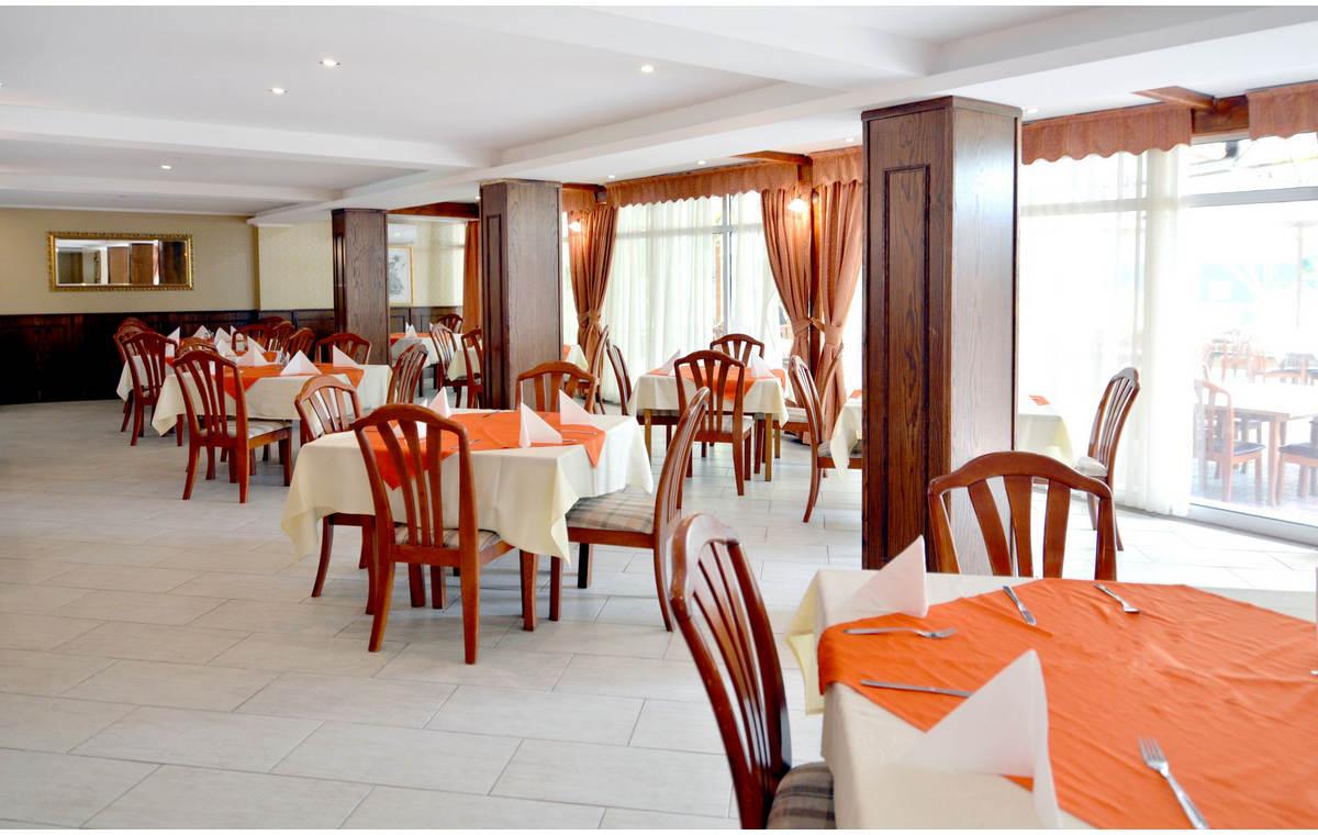 Letovanje_Hoteli_Bugarska_Sv_Konstantin-_-i_Helena_Estreya_Residence_Barcino_Tours-23.jpg