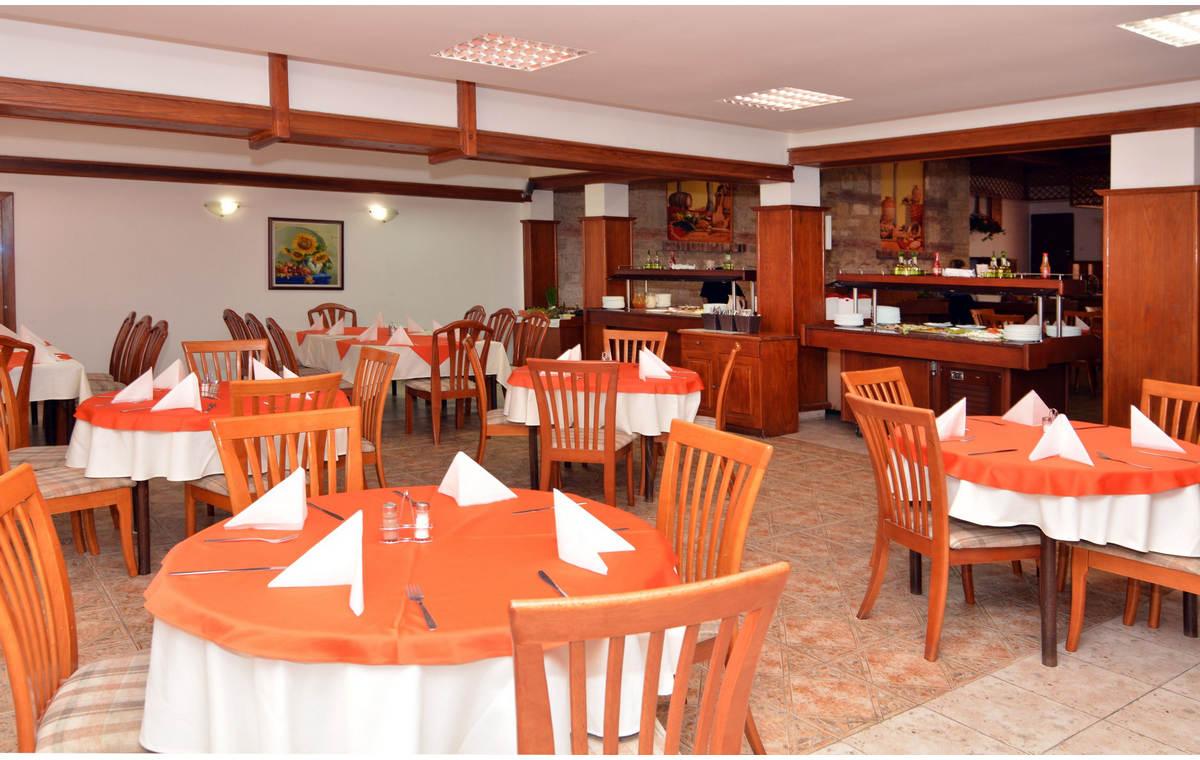 Letovanje_Hoteli_Bugarska_Sv_Konstantin-_-i_Helena_Estreya_Residence_Barcino_Tours-31.jpg