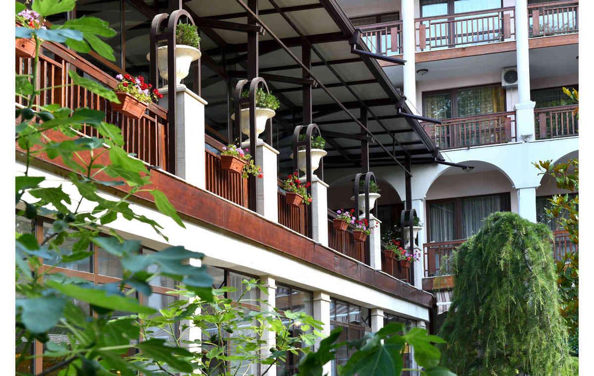 Letovanje_Hoteli_Bugarska_Sv_Konstantin-_-i_Helena_Estreya_Residence_Barcino_Tours-8.jpg