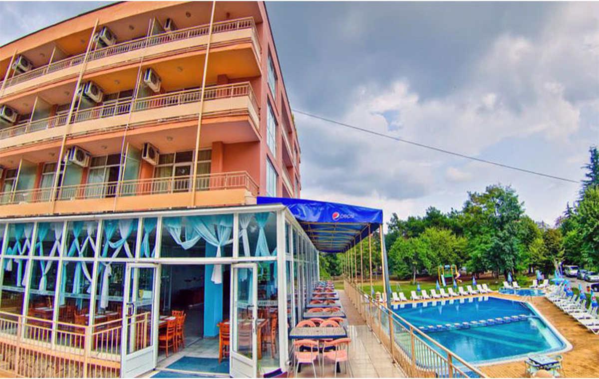 Letovanje_Hoteli_Bugarska_Sv_Konstantin-_-i_Helena_Gloria_Barcino_Tours-4.jpg