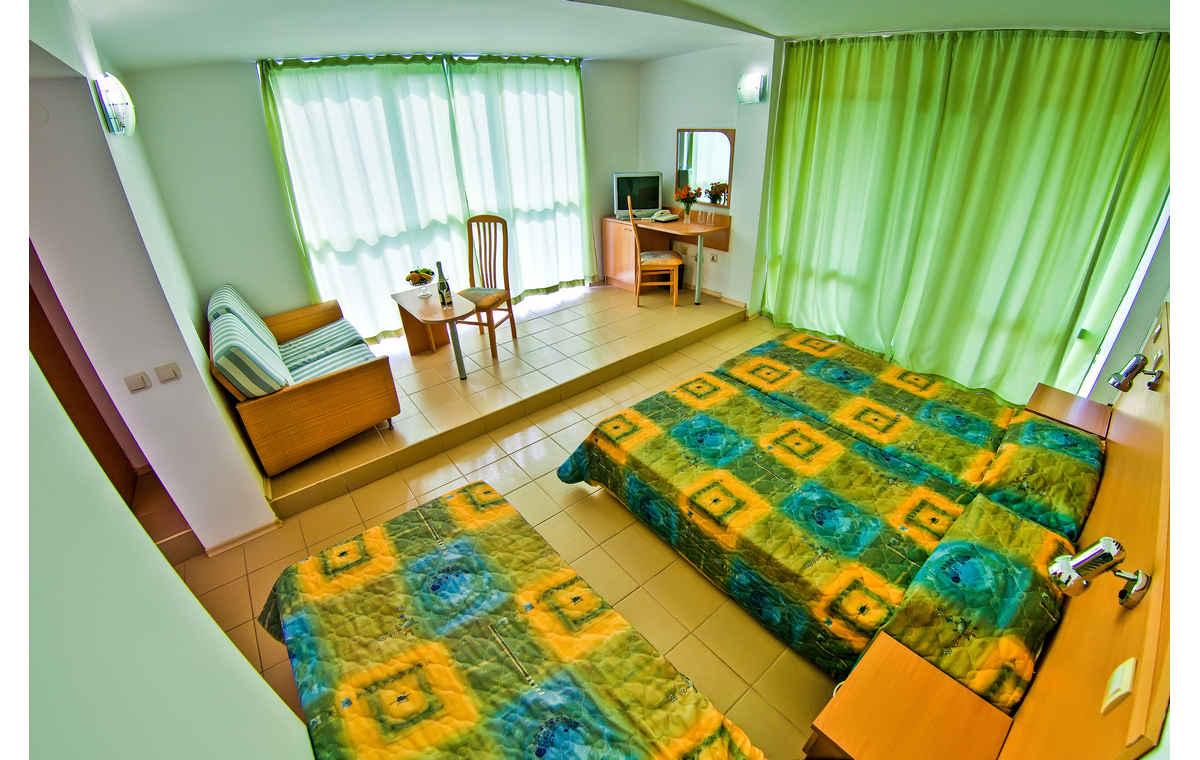 Letovanje_Hoteli_Bugarska_Sv_Konstantin-_-i_Helena_Gloria_Barcino_Tours-9.jpg