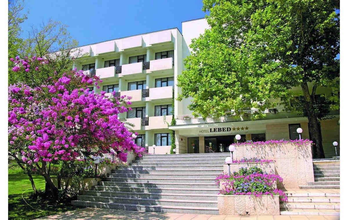 Letovanje_Hoteli_Bugarska_Sv_Konstantin-_-i_Helena_Lebed_Barcino_Tours-15.jpg