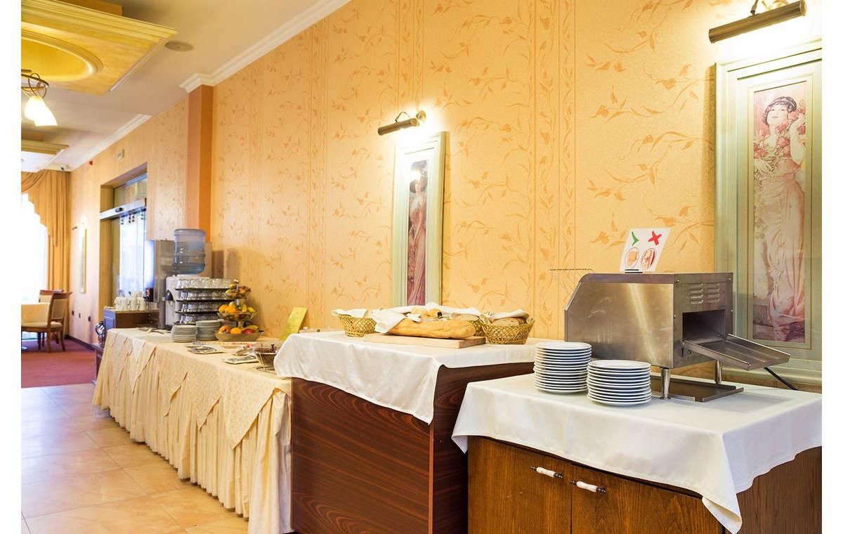 Letovanje_Hoteli_Bugarska_Sv_Konstantin-_-i_Helena_Romance_Splendid_Barcino_Tours-17.jpg