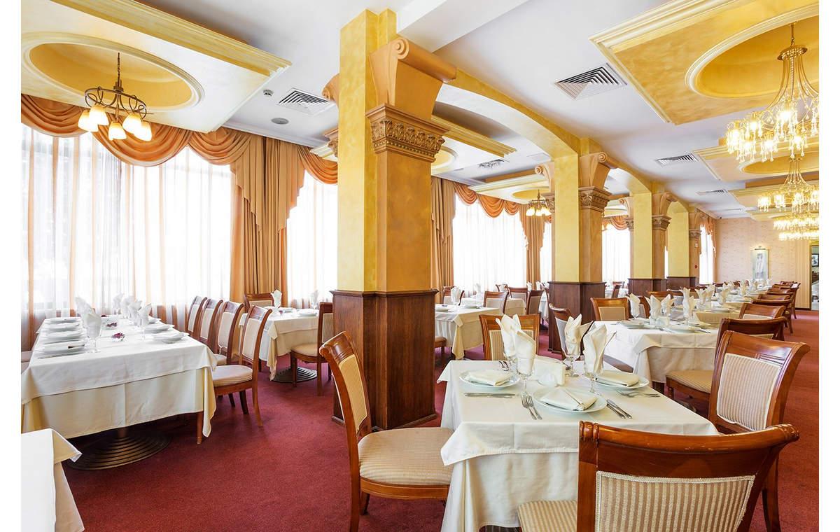 Letovanje_Hoteli_Bugarska_Sv_Konstantin-_-i_Helena_Romance_Splendid_Barcino_Tours-2.jpg
