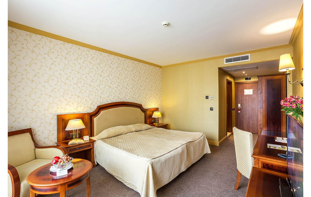 Letovanje_Hoteli_Bugarska_Sv_Konstantin-_-i_Helena_Romance_Splendid_Barcino_Tours-6.jpg