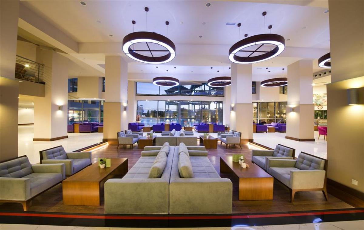 Letovanje_Turska_Avio_Hoteli_Antalija_Limak_Lara_Hotel_Deluxe_Hotel__Resort-14.jpg