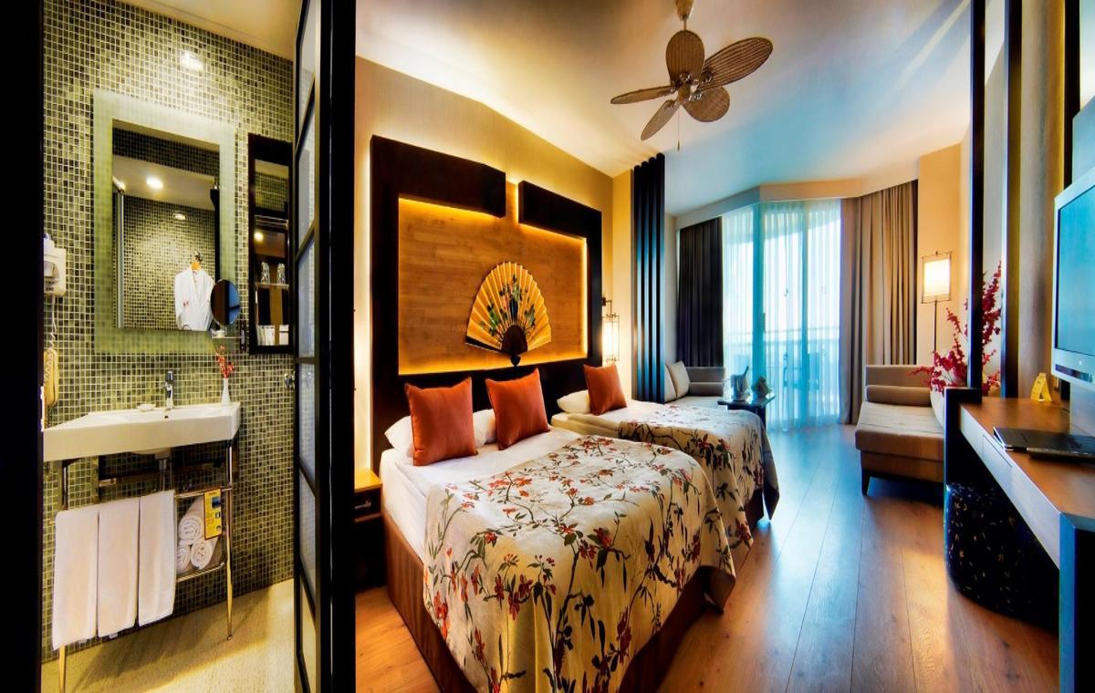 Letovanje_Turska_Avio_Hoteli_Antalija_Limak_Lara_Hotel_Deluxe_Hotel__Resort-20.jpg