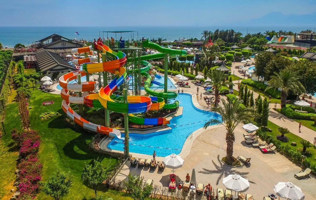 Letovanje_Turska_Avio_Hoteli_Antalija_Limak_Lara_Hotel_Deluxe_Hotel__Resort-29.jpg