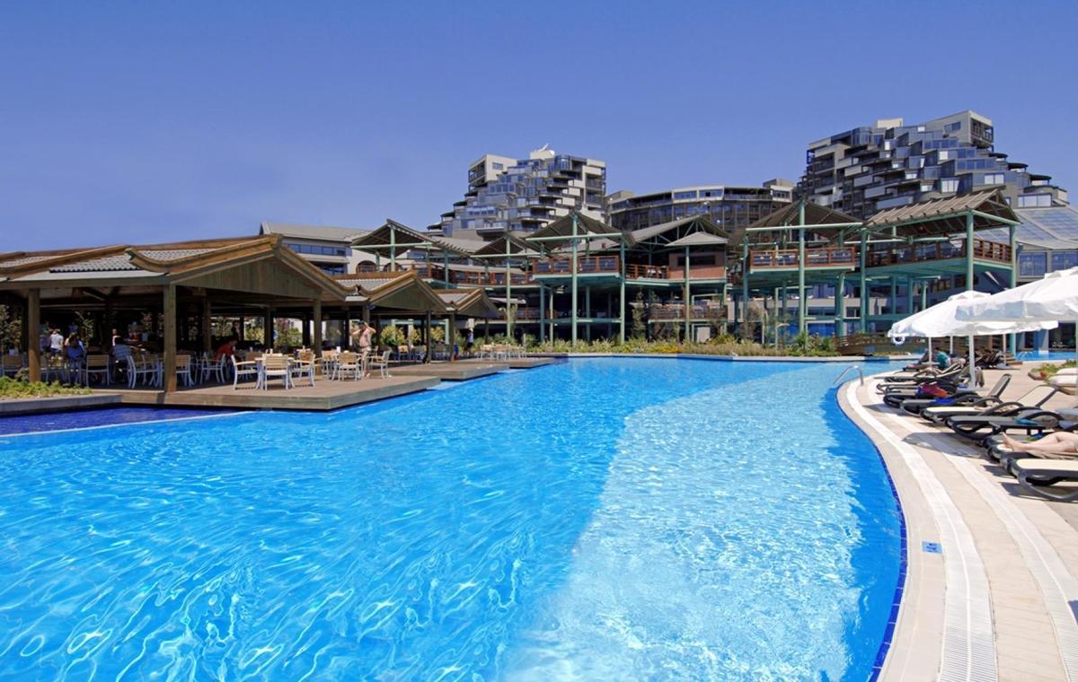 Letovanje_Turska_Avio_Hoteli_Antalija_Limak_Lara_Hotel_Deluxe_Hotel__Resort-3.jpg