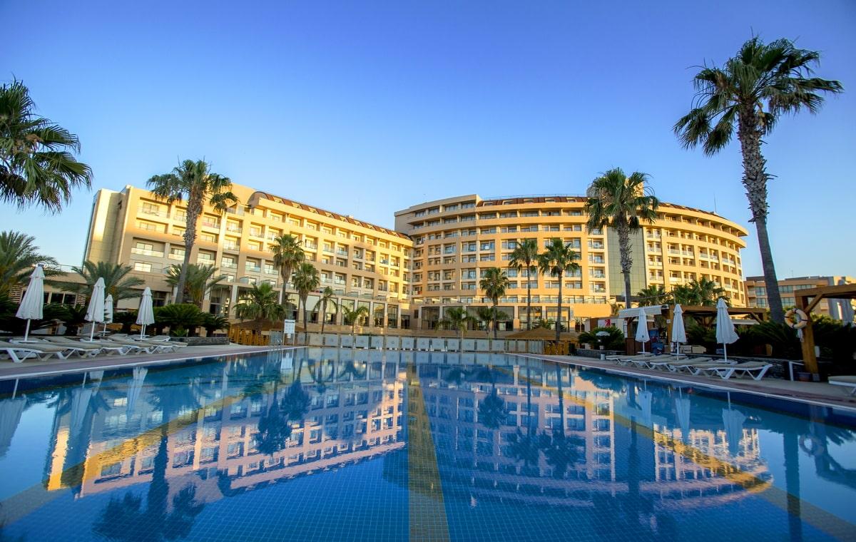 Letovanje_Turska_Hoteli_Avio_Antalija_Hotel_Fame_Residence_Lara_Spa-1.jpg