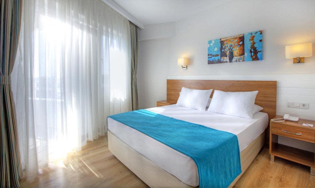 Letovanje_Turska_Hoteli_Avio_Antalija_Hotel_Grand_Park_Lara-11.jpg