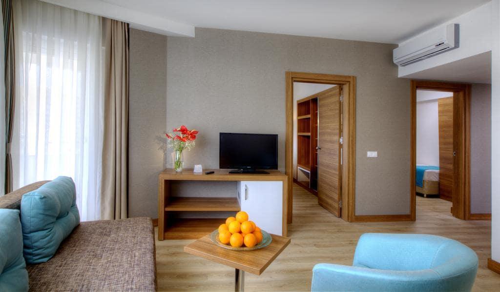 Letovanje_Turska_Hoteli_Avio_Antalija_Hotel_Grand_Park_Lara-12.jpg