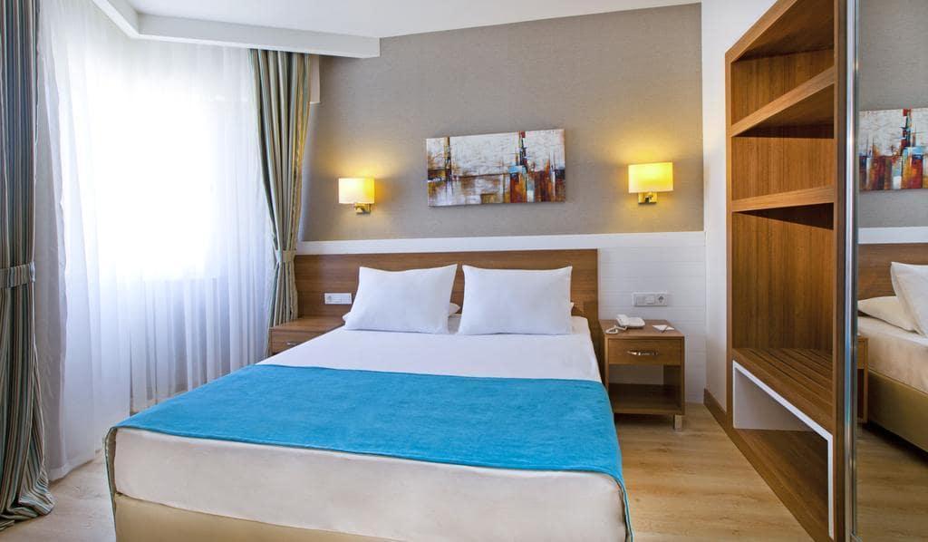 Letovanje_Turska_Hoteli_Avio_Antalija_Hotel_Grand_Park_Lara-14.jpg