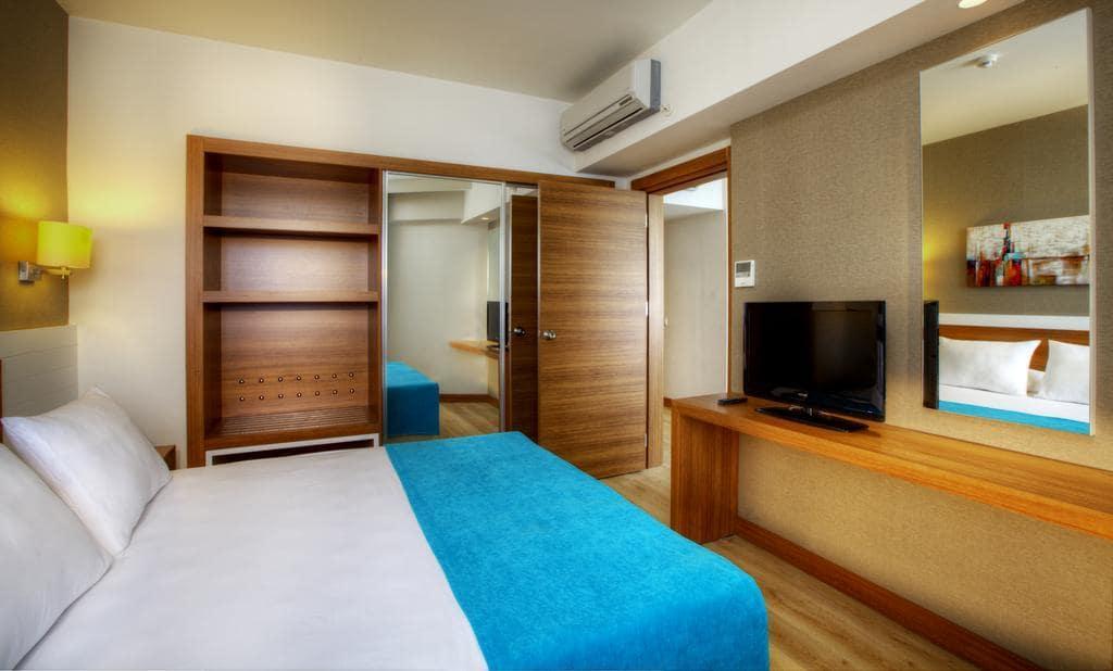 Letovanje_Turska_Hoteli_Avio_Antalija_Hotel_Grand_Park_Lara-16.jpg