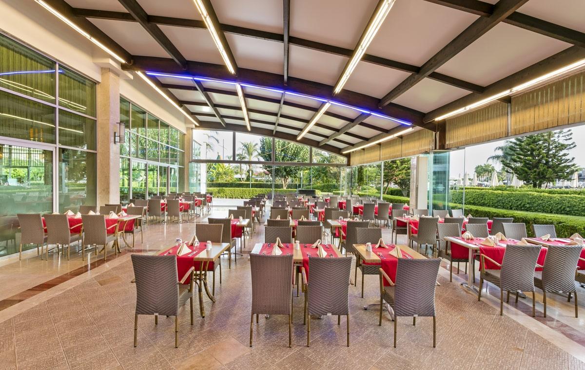Letovanje_Turska_Hoteli_Avio_Antalija_Hotel_Miracle_Resort-19.jpg