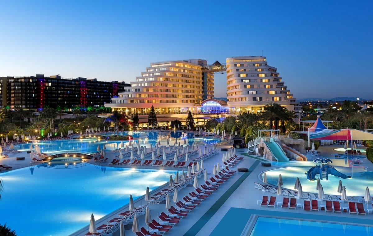Letovanje_Turska_Hoteli_Avio_Antalija_Hotel_Miracle_Resort-2.jpg