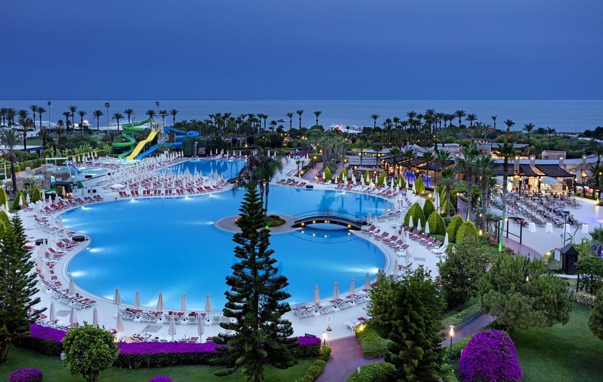 Letovanje_Turska_Hoteli_Avio_Antalija_Hotel_Miracle_Resort-32.jpg
