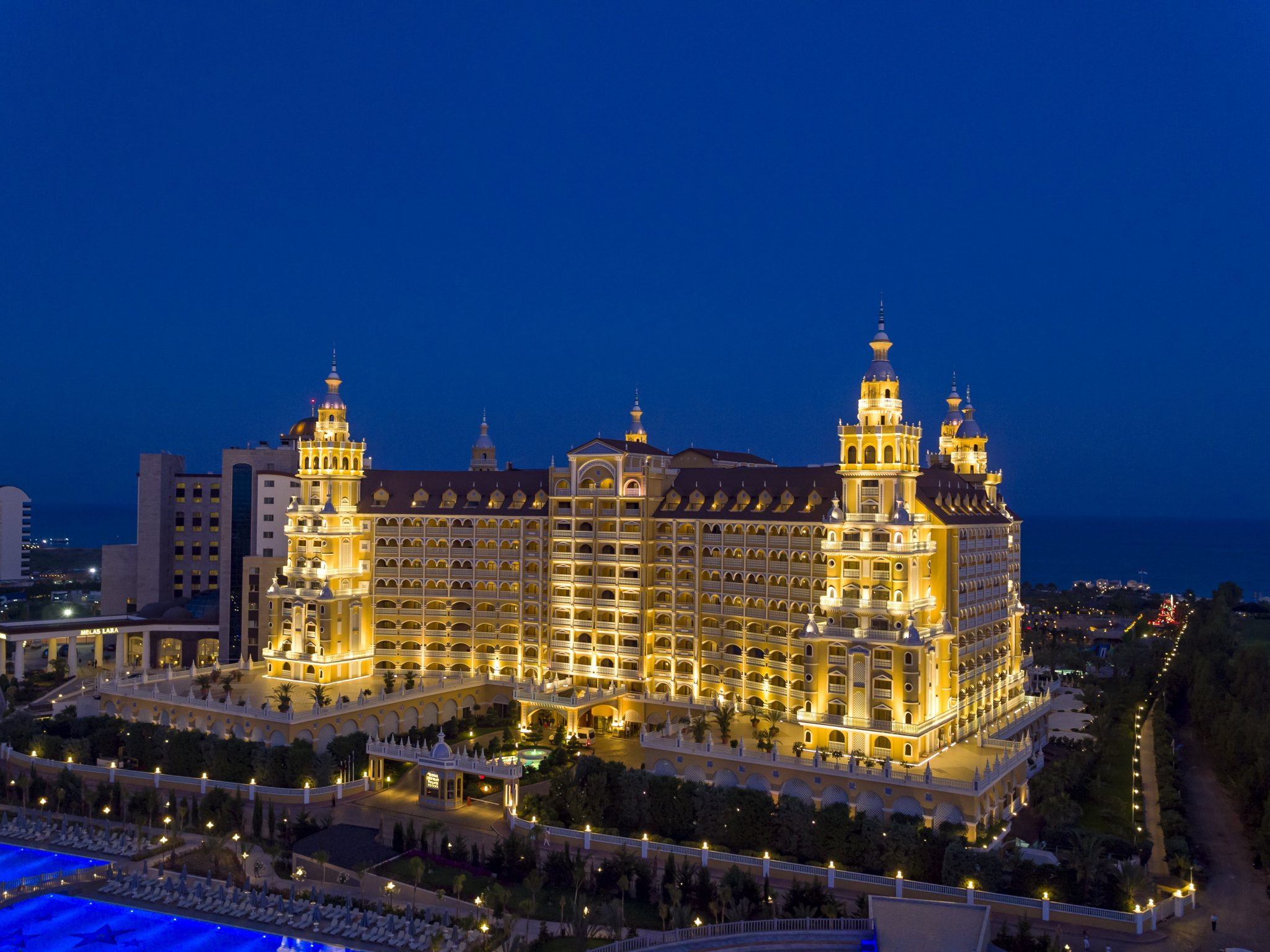 Letovanje_Turska_Hoteli_Avio_Antalija_Hotel_Royal_Holiday_Palace-14-scaled.jpg